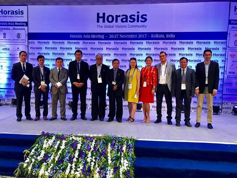 The Myanmar delegation to the Horasis Asia Meeting in India. Photo : Organisers