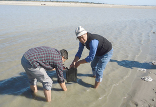 NEDF team arrives in East Siang, collects samples of Siang river water 1