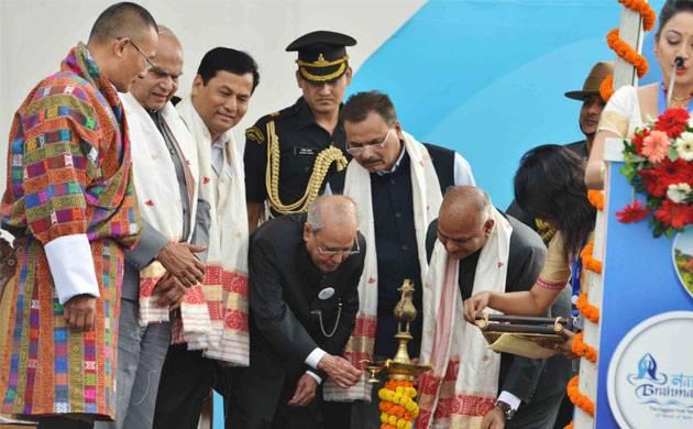 Former President Pranab Mukherjee inaugurates the Namami Brahmputra festival in Guwahati (File photo)