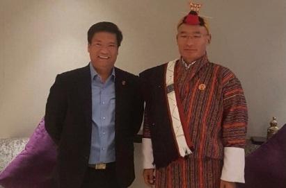 Arunachal Pradesh chief minister Pema Khandu meets Bhutan Prime Minister in Guwahati 1