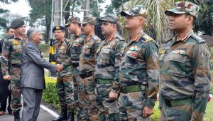 Arunachal Governor BD Mishra meets officials of Army 56 Division at Malanithan.