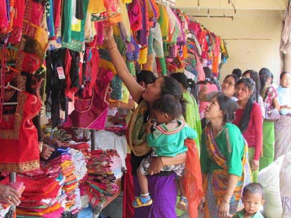 Manipur Government urged to make handloom mandatory as school uniforms 1