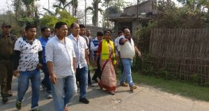Dibrugarh DC Laya Madduri visits Oupholia village, urges villagers to turn it into a model village 1