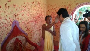 Tripura's would-be CM Biplab Deb visits temples to take blessings 1