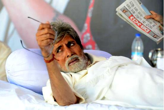 Amitabh Bachchan gets 'home quarantined' stamp on hand to spread awareness on coronavirus 1