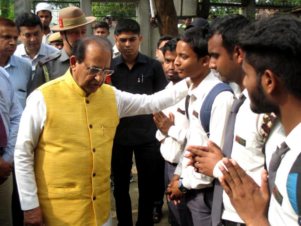 Assam Governor Prof Jagdish Mukhi interacting with school students and teachers in Silchar on Thursday. UB Photos