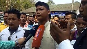 A Greater United Forum, Digboi leader talking to media persons.