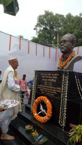 Bust of late Kamala Saikia unveiled at Sivasagar's Dikhowmukh 1