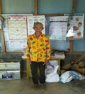 Mizo septuagenarian joins school to learn English 1