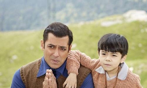 File photo: Salman Khan and Matin Rey Tangu in Tubelight