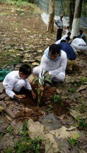 Bal Vikas students of Guwahati plant saplings in Assam State Zoo's Botanical Garden 1