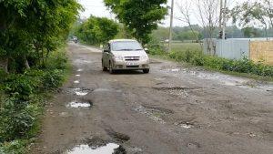 Deplorable road condition in Dibrugarh irks locals 1