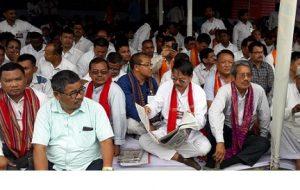 Huge support to AASU, 28 groups' mass hunger strike in Guwahati 1