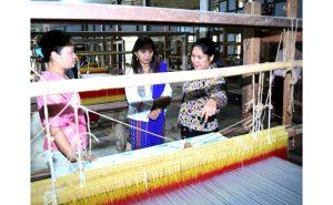 Strive hard, develop entrepreneurship, Arunachal's First Lady tells artisans 4