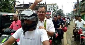 Silchar: Supporters accord hero's welcome to Dilip Paul 1