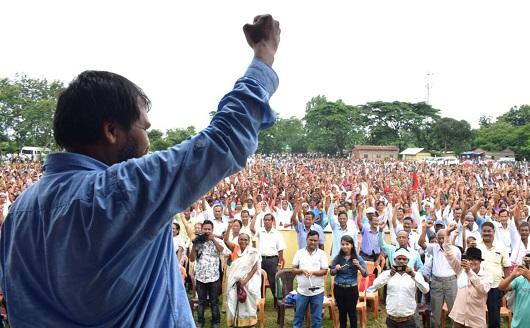 Akhil Gogoi, adviser KMSS, delivering a speech during a public meeting against Citizenship (Amendment) Bill, 2016 at Chabua in Dibrugarh, on June 15, 2018.  UB PHOTOS