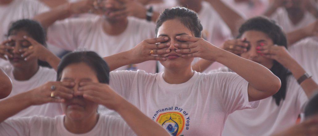 21-06-18 Guwahati- Yoga day sonaram field (15)