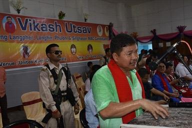 KAAC CEM Tuliram Ronghang addressing Vikas Utsav. Northeast Now