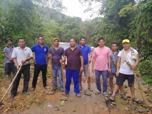 Arunachal: Memo Ao Youth Association initiates road construction at Aalo 1
