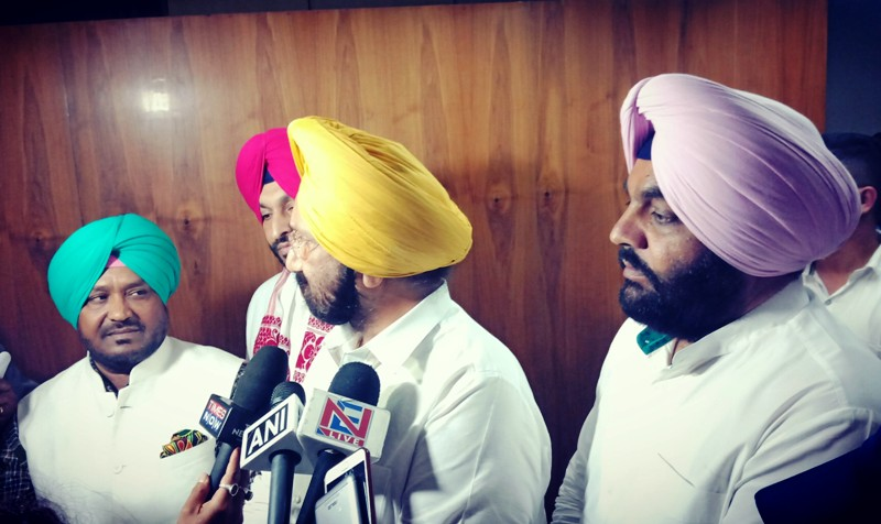 A delegation of  Punjab government  talking to media after meeting Meghalaya chief minister Conrad K Sangma in view of the law and order situation on June 4, 2018. Photo: Northeast Now