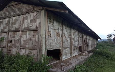 The dilapidated boys' hostel of Govt Higher Secondary School, Jote in Arunachal Pradesh. Photo: Damien Lepcha