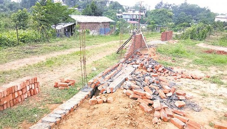 wall demolish