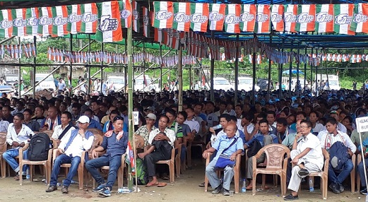 More than 5,000 people including youth leaders, gaonburas and community leaders of Miao constituency join Congress at Kharsang on July 28, 2018. Photo: Damien Lepcha