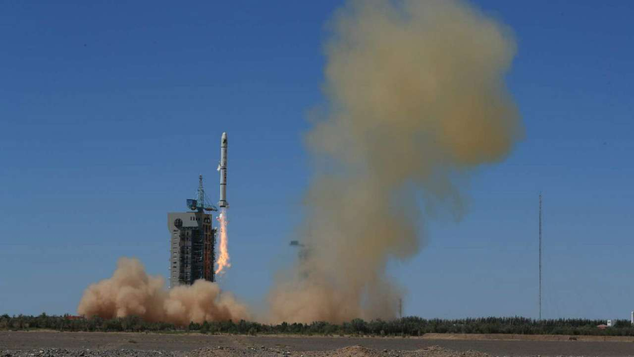 China launches two satellites for Pakistan 1