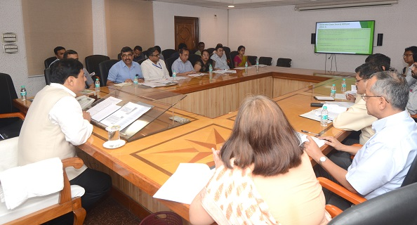Assam CM Sarbananda Sonowal reviewing progress of Aspirational Districts programme in the state on August 6, 2018. Photo: Northeast Now