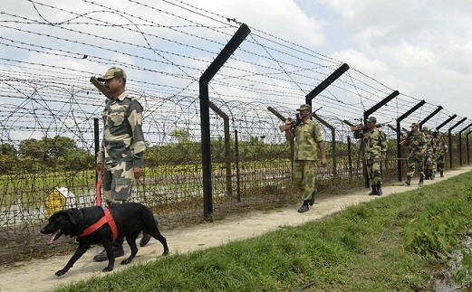 Strict vigil by BSF along Indo-Bangla border in Tripura. (File image)