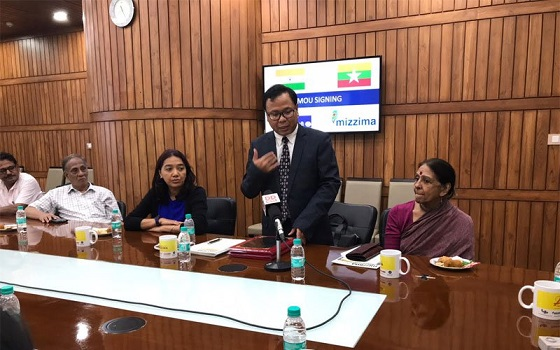 Mizzima Media Company Limited and Prasar Bharati  sign   MoU to codify terms of the Agreement at New Delhi in India on August 24, 2018. Photo: Mizzima News