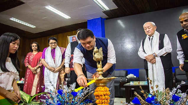Arunachal Pradesh CM Pema Khandu lighting the ceremonial lamp during the beginning of first academic session of Tomo Riba Institute of Health and Medical Sciences on August 1, 2018. Photo: Damien Lepcha