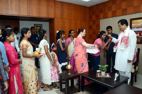 CM with SOS children's village team