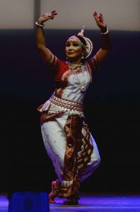 Guwahati's Darpan Dance Akademi hosts classical dance program 'Chand Rupa' 3