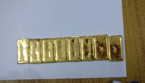 gold biscuits seized in manipur