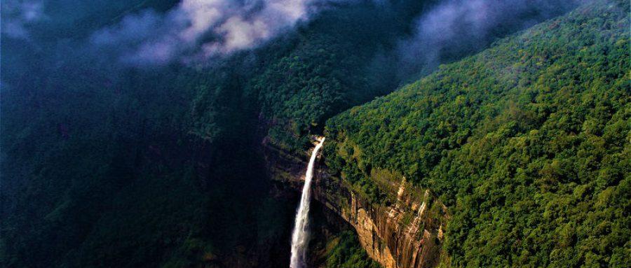 Mesmerizing Waterfalls in Cherrapunji 1