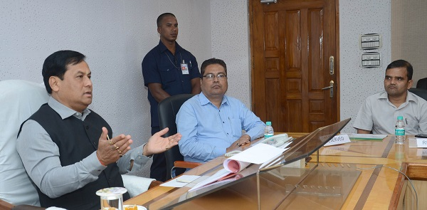 Assam CM Sarbananda Sonowal during a review meet with the power department officials at Guwahati on September 1, 2018. Photo: DIPR, Assam