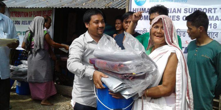 Delhi based NGO aid to Dhemaji flood victims