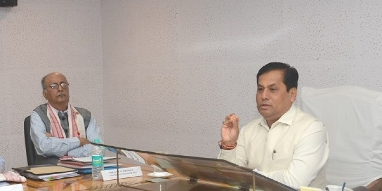 Assam CM Sarbananda Sonowal (right) and SITA vice chairman Dipok Kumar Borthakur during the GB meeting of SITA at Guwahati on Thursday. Photo: Northeast Now