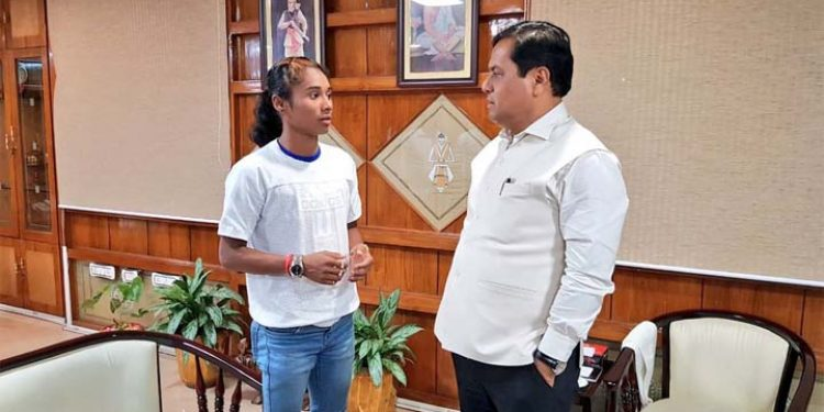 Sonowal with Hima Das