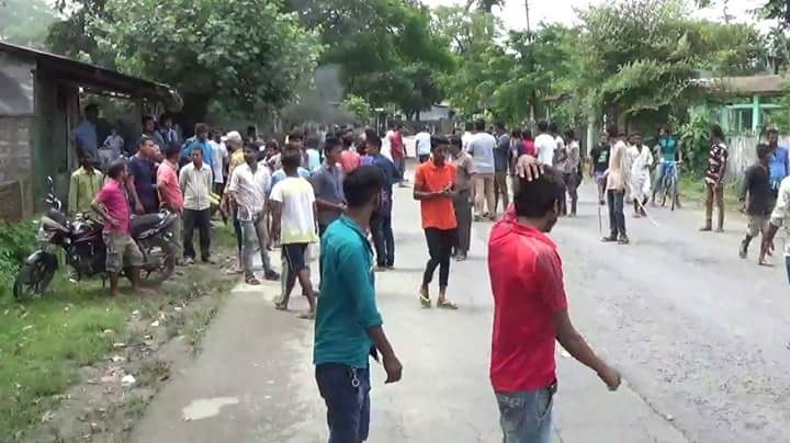 Violent clashes erupted between two communities after a derogatory Facebook post about a deity went viral in social media at Borhapjan area of Doomdooma in Tinsukia district on Friday. Photo: Northeast Now