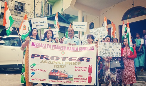 Meghalaya Pradesh Mahila Congress on Saturday staging protest demonstration against price rise in the country. Photo: Northeast Now