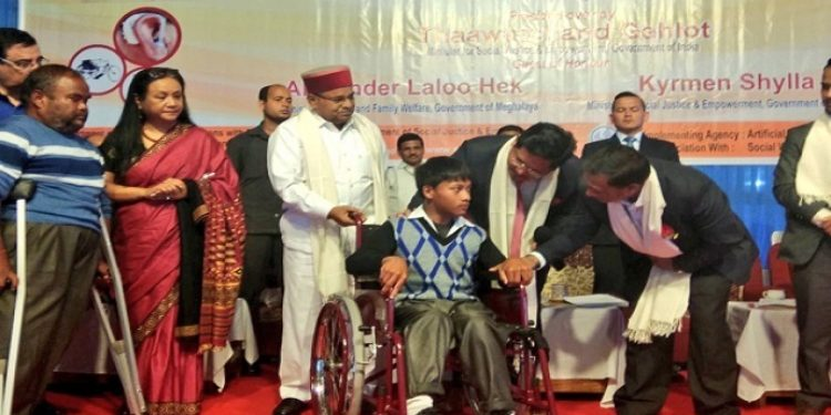 Union Minister for Social Justice and Empowerment, Thaawarchand Gehlot during the Samajik Adhikarita Shivir, (aids and assistive devices distribution camp) for differently abled persons under the Assistance to Disabled Person scheme organized at 5th Ground Polo in Shillong on Thursday. Photo: Northeast Now