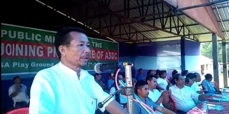 Photo by Vivian Longki Rongpi- ASDC leaders and former Chief Executive Member of Karbi Anglong Autonomous Council Jotson Bey addressing the party rally at Den Arong on Sunday.