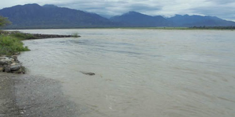 Flood alarm in Siang River yet again; alert sounded