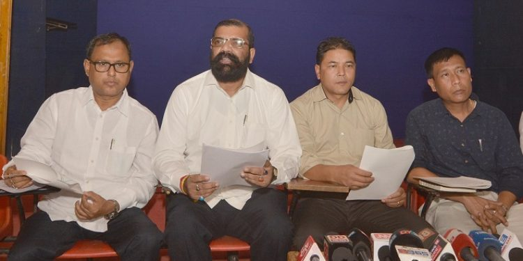 Dr. Samujjal Kumar Bhattacharya NESO advisor along with NESO Chairman Samuel Jyrwa addressing media  regarding Citizenship (Amendment) Bill 2016 in Guwahati on 14-11-18. Image credit: UB Photos
