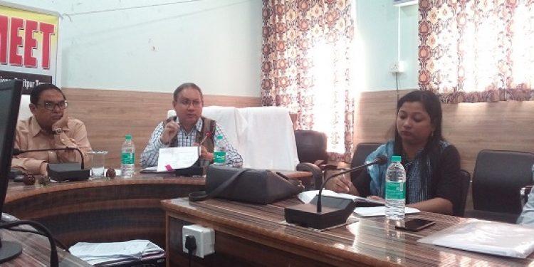 Sonitpur Deputy Commissioner Manoj Kumar Deka (centre) briefing media on panchayat polls on Thursday. Photo: Northeast Now