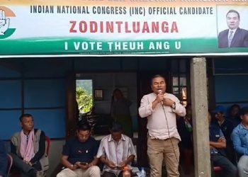 Mizoram PCC Campaign Committee chairman Zodintluanga addressing a rally at Thenhlum village of Thorang AC in southern Mizoram. Photo: Sangzuala Hmar