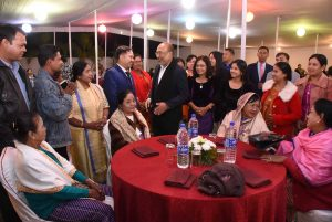 manipur chief minister sharing a moment with manipuri residing in myanmar DIPR photo