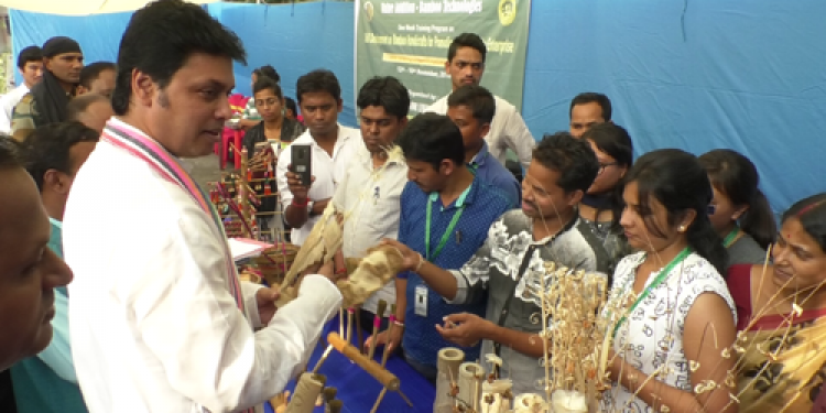 Tripura CM interacts with bamboo artisans, on ways to boost the sector